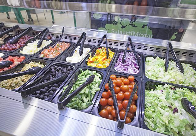 ruokapuoti_salaattimestari_hedelmä ja vihannes_kyläkauppa