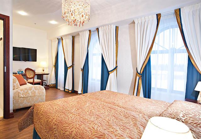 hotelli_640x445_onnistandard_03