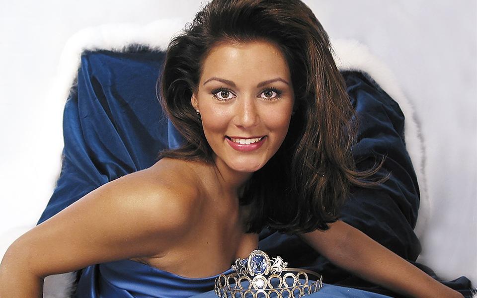 Marianne Harjula kruunataan Miss Miljoonaksi